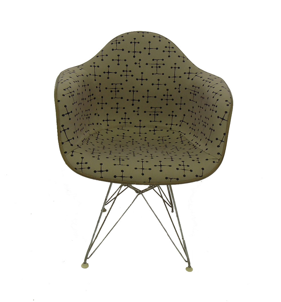 Eames Shell Chair in Dot Pattern